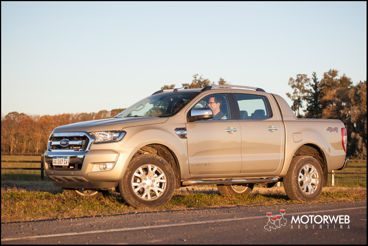 prueba nueva ford ranger 3 2 limited 4x4 at. Black Bedroom Furniture Sets. Home Design Ideas